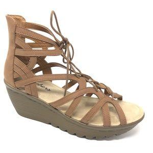 SKECHERS Parallel Terrace sandals 8 brown wedge